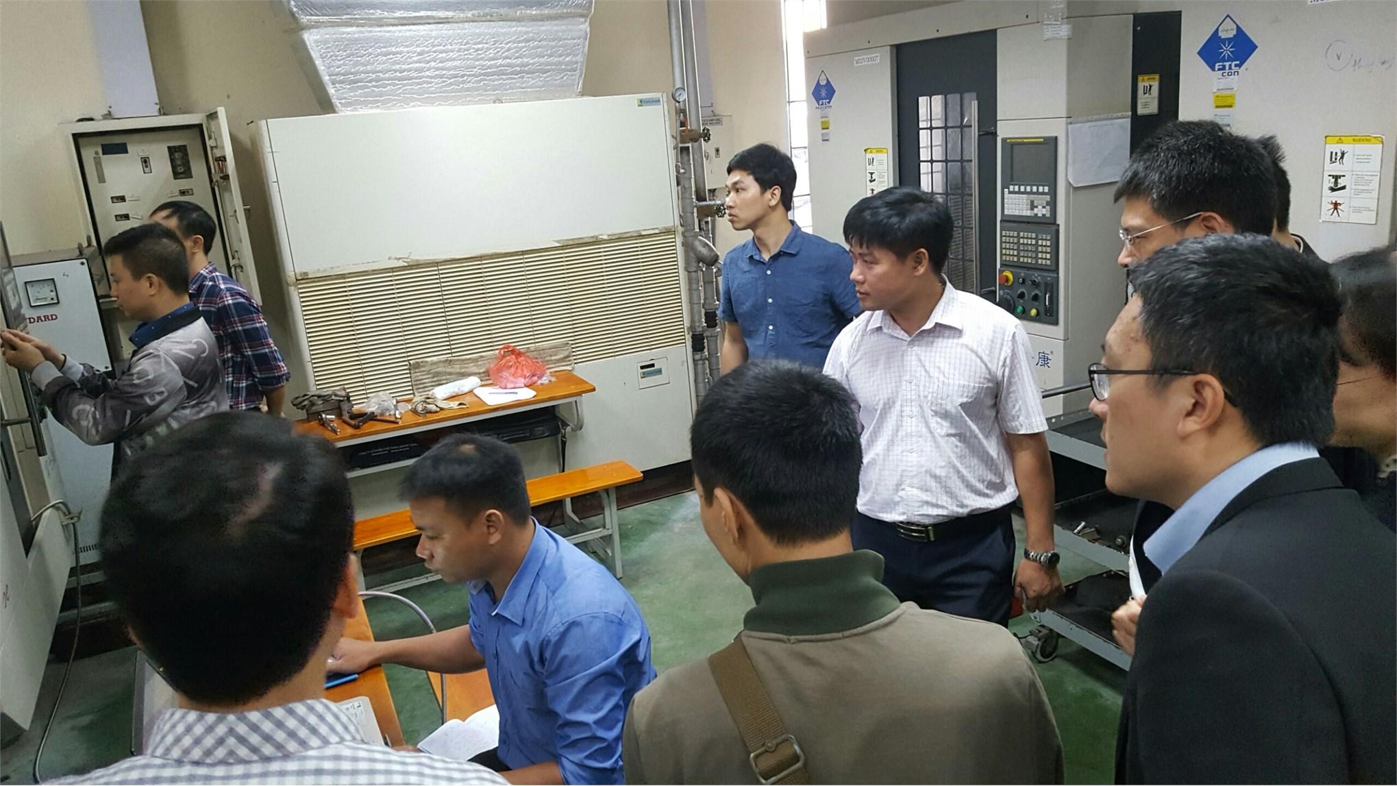 Tiếp đoàn trung tâm phát triển công nghệ cao Trung Quốc