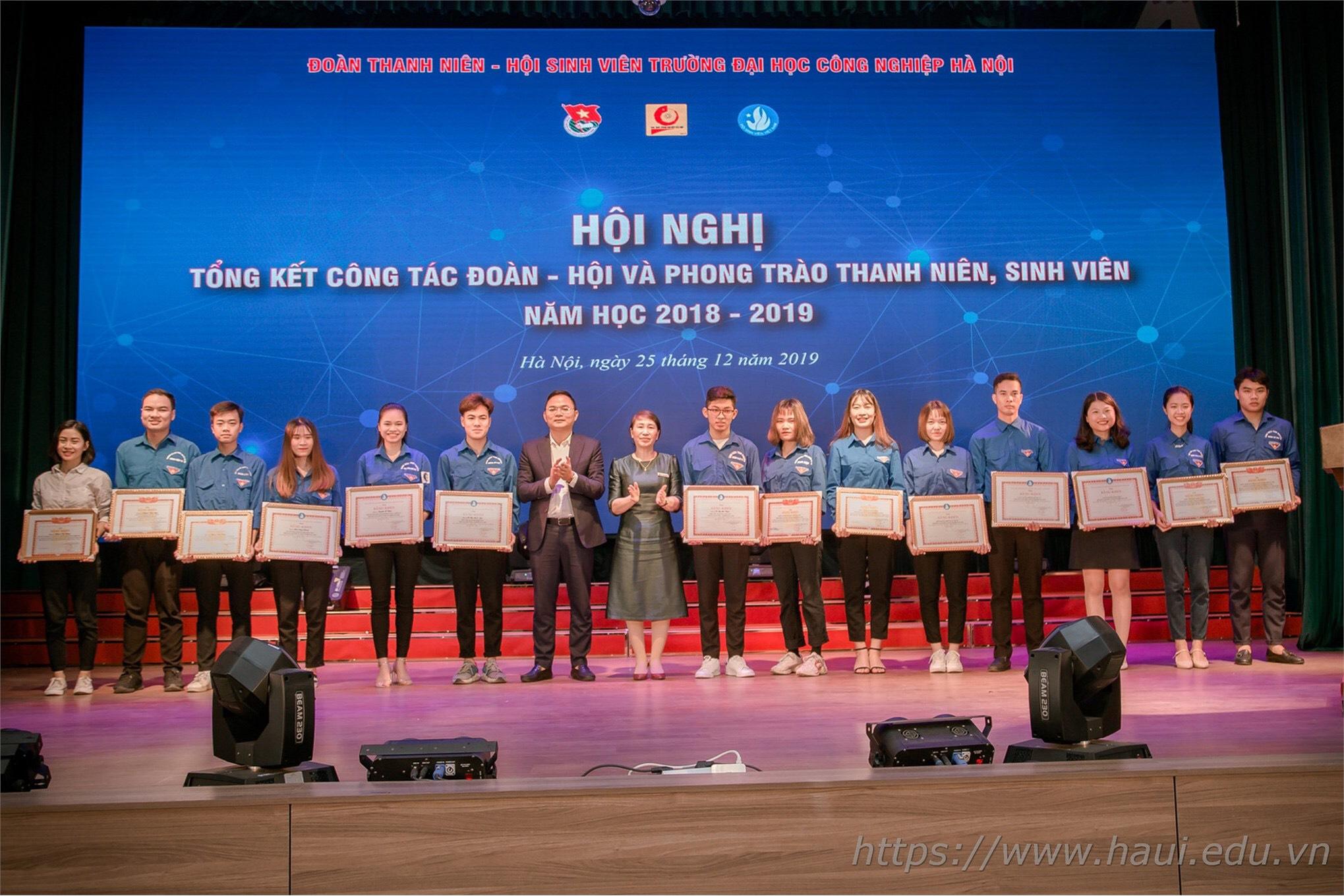 Liên chi đoàn, Liên chi Hội sinh viên Khoa Cơ khí vinh đón nhận bằng khen của Trung ương Đoàn, Hội sinh viên Thành phố Hà Nội