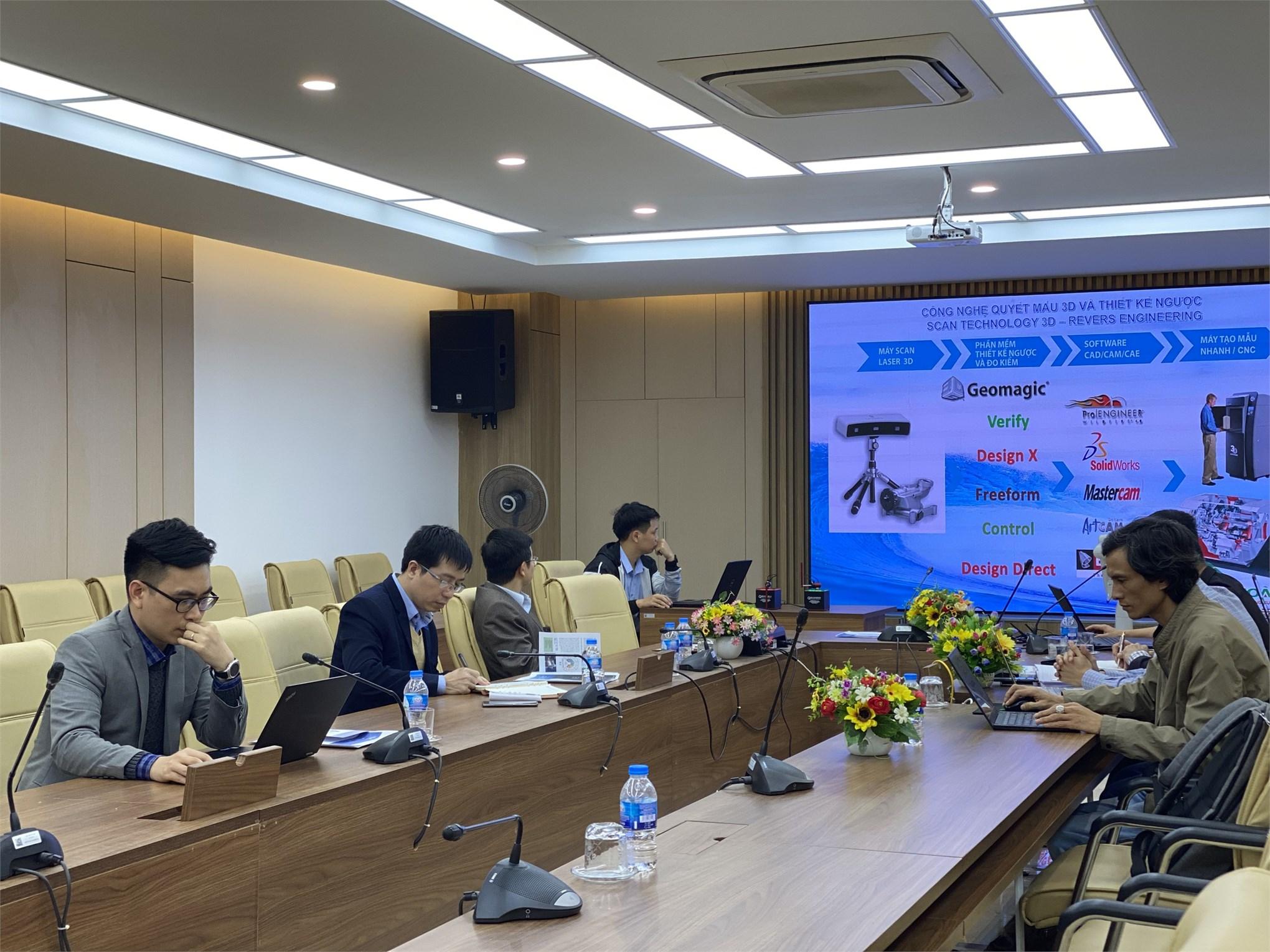 Hội thảo giới thiệu các giải pháp phát triển Robot của công ty TNHH Hoàng Quốc
