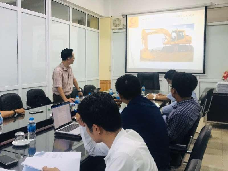 """Nghiệm thu đề tài NCKH cấp đơn vị đề tài: """"Nghiên cứu xây dựng bài giảng điện tử học phần cơ học kỹ thuật theo hướng tiếp cận CDIO"""""""